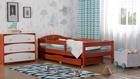 Einzelbett mit Schubladen